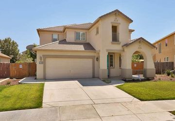 1209 Dewberry Court Los Banos, CA 93635
