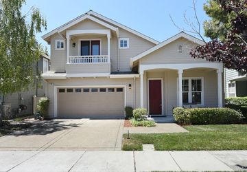 2108 Gossamer Avenue Redwood Shores, CA 94065