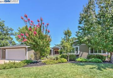 184 Cortsen Rd Road PLEASANT HILL, CA 94523