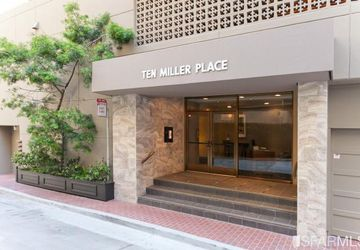 10 Miller Place # 1802 San Francisco, CA 94108