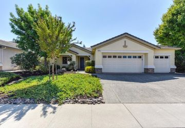 1321 Rose Bouquet Drive Lincoln, CA 95648
