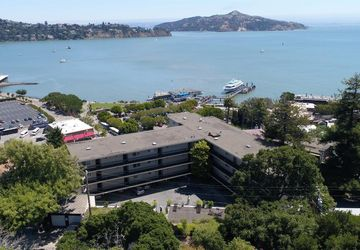 120 Bulkley Avenue Sausalito, CA 94965
