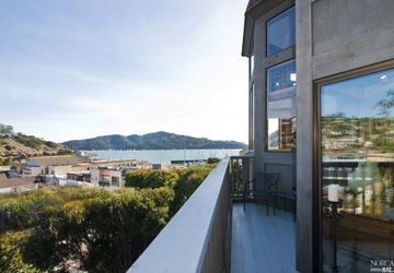 75 Eastview Avenue Tiburon, CA 94920