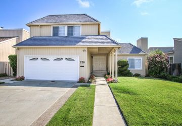 220 Shearwater Isle Foster City, CA 94404