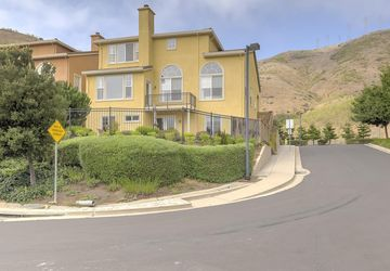 21 Pinnacle Street South San Francisco, CA 94080