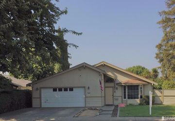 760 West Cross Street Woodland, CA 95695