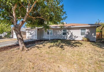 4145 David Drive North Highlands, CA 95660
