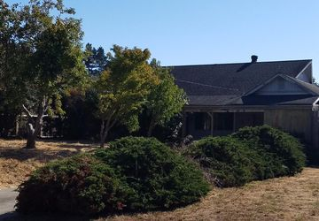 22925 Conifer Drive Monte Rio, CA 95462