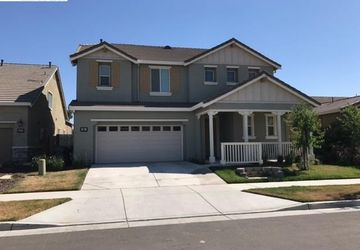 624 Pasture Avenue Lathrop, CA 95330