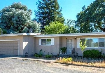 10095 Old Redwood Highway Windsor, CA 95492