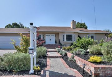 403 De Anza Avenue San Carlos, CA 94070