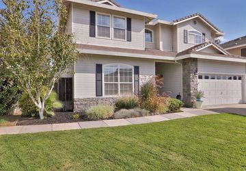 1471 Guy Place Ripon, CA 95366
