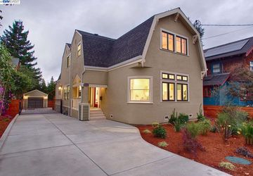 6429 Regent St OAKLAND, CA 94618