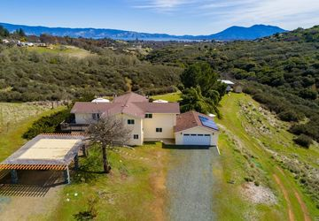 2167 Riggs Road Lakeport, CA 95453
