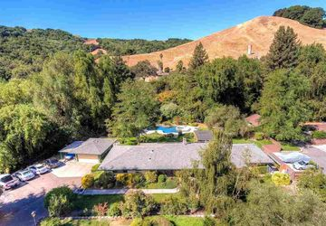 9556 Crow Canyon Rd Castro Valley, CA 94552