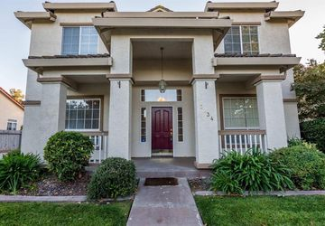 3234 Grimshaw Way Elk Grove, CA 95758