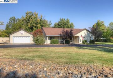 19366 Bonne Fin Way Cottonwood, CA 96022