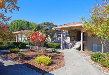 3136 Ptarmigan Drive # 5 Walnut Creek, CA 94595