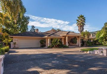 30 Country Club Drive Fairfield, CA 94534
