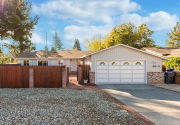 3655 Dartmouth Drive Napa, CA 94558