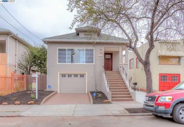 832 57Th St Street OAKLAND, CA 94608