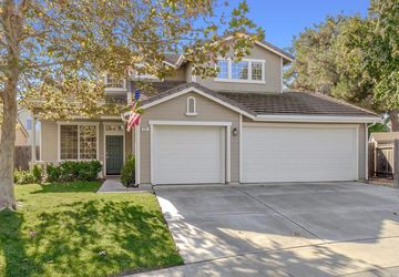 24 Mast Court Woodland, CA 95776