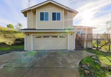 4124 Foothill Drive Lucerne, CA 95458