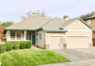 1010 Lisa Court Windsor, CA 95492