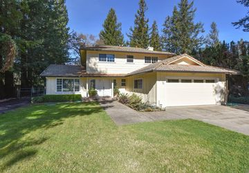 51 Hoff Road Kenwood, CA 95409