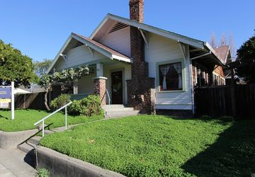 742 Johnson Street Healdsburg, CA 95448