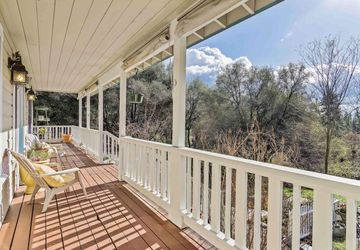 13013 Thoroughbred Loop Grass Valley, CA 95949