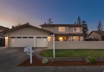 4811 Fairway Drive Rohnert Park, CA 94928