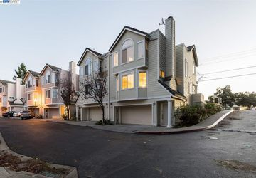2201 Parnassus Court Hayward Hills, CA 94542