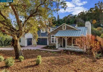 120 Sleepy Hollow Lane Orinda, CA 94563