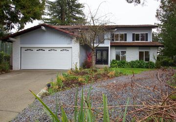 4455 Hollingsworth Circle Rohnert Park, CA 94928