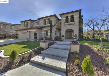 2853 Spanish Bay Dr Brentwood, CA 94513