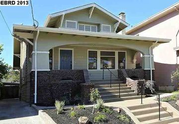 443 41ST ST OAKLAND, CA 94609-2521