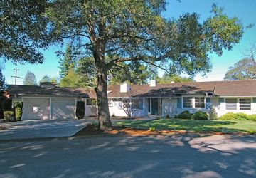 245 Live Oak Lane Los Altos, CA 94022