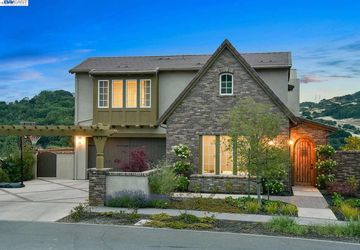 10 Rabble Road Orinda, CA 94563