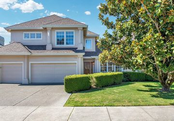1022 Elsbree Lane Windsor, CA 95492