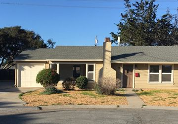 12 Malcolm Place Del Rey Oaks, CA 93940
