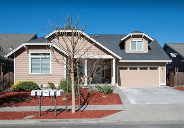 113 Anish Way Windsor, CA 95492