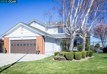 66 Tost Ct Crockett, CA 94525