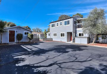 207 Oakland Avenue, # 1 Capitola, CA 95010