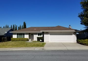 Hollister, CA 95023