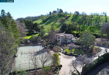 640 La Casa Via WALNUT CREEK, CA 94598