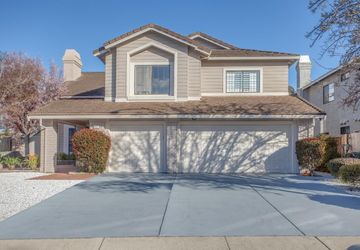 32521 Seaside Drive Union City, CA 94587