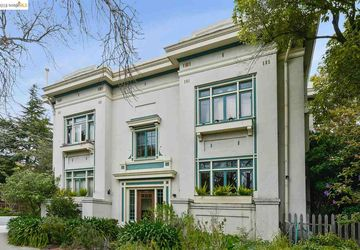 2901 Hillegass Ave # 2 BERKELEY, CA 94705