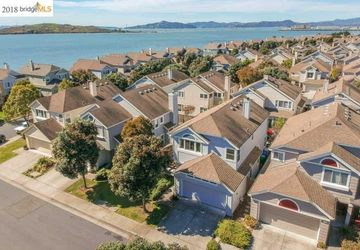 76 Harbor View Dr Richmond, CA 94804