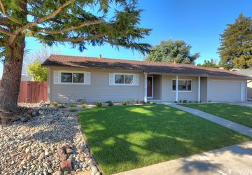 2326 Shannon Ln Walnut Creek, CA 94598